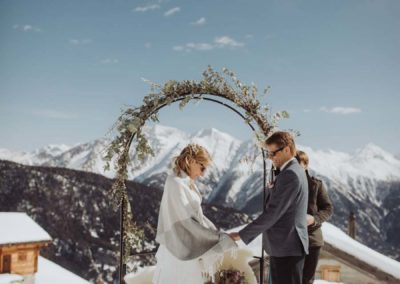 ©Foto- Phil Wenger -www.philwenger.com_wedding-switzerland-hochzeit-photograph-wallis-belalp-hamilton-lodge-alps-rustical-vintage-44