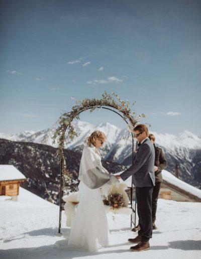 ©Foto- Phil Wenger -www.philwenger.com_wedding-switzerland-hochzeit-photograph-wallis-belalp-hamilton-lodge-alps-rustical-vintage-44